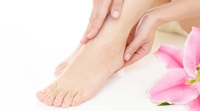 monsoons, monsoon care, how to take care during monsoons, take care during monsoons, monsoon beauty hacks, beauty tips for monsoons, beauty tips for feet during monsoons, how to get beautiful feet, how to take care of feet